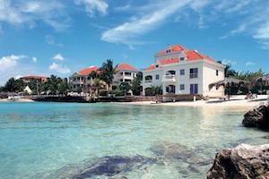locatie avilla beach hotel 300x200 1